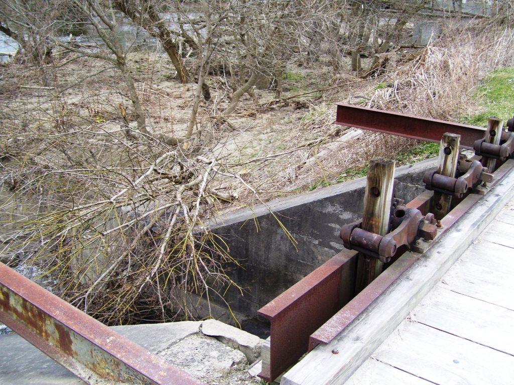 oc37-watergate2-spring